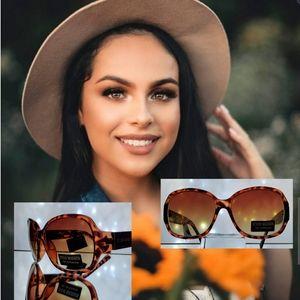 🧡 Rectangular Sunglasses by: Steve Madden